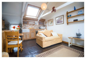 rent in mousehole lounge